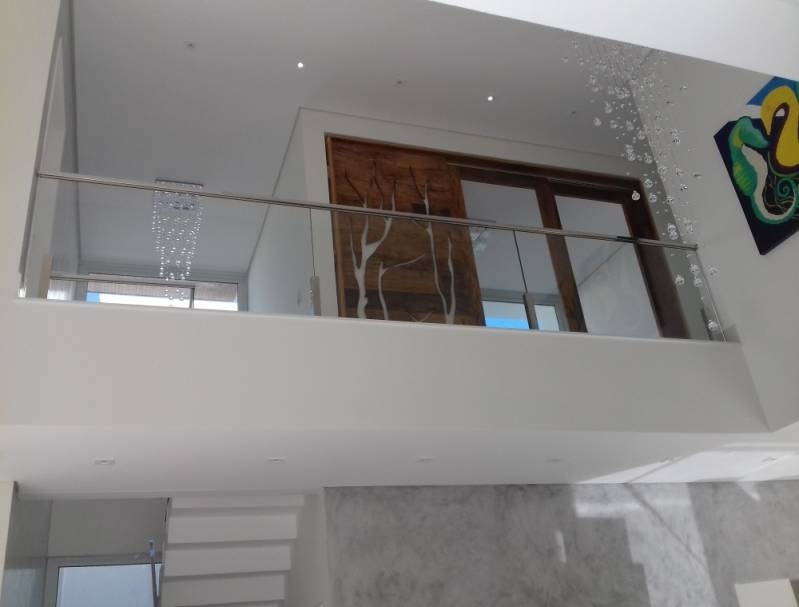 Corrimão com Vidro e Inox Valor Alphaville Conde II - Corrimão com Vidro para Escada