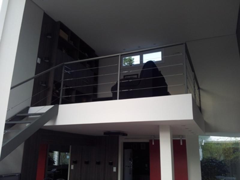 Corrimão de Aço Galvanizado Bom Clima - Corrimão com Vidro