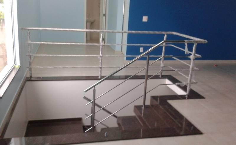 Corrimão de Escada com Torre Residencial Nove - Corrimão de Escada com Torre