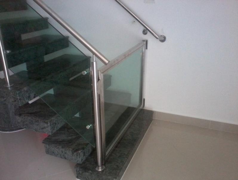Orçamento de Corrimão de Vidro para Escada Vila Mariana - Corrimão Articulado