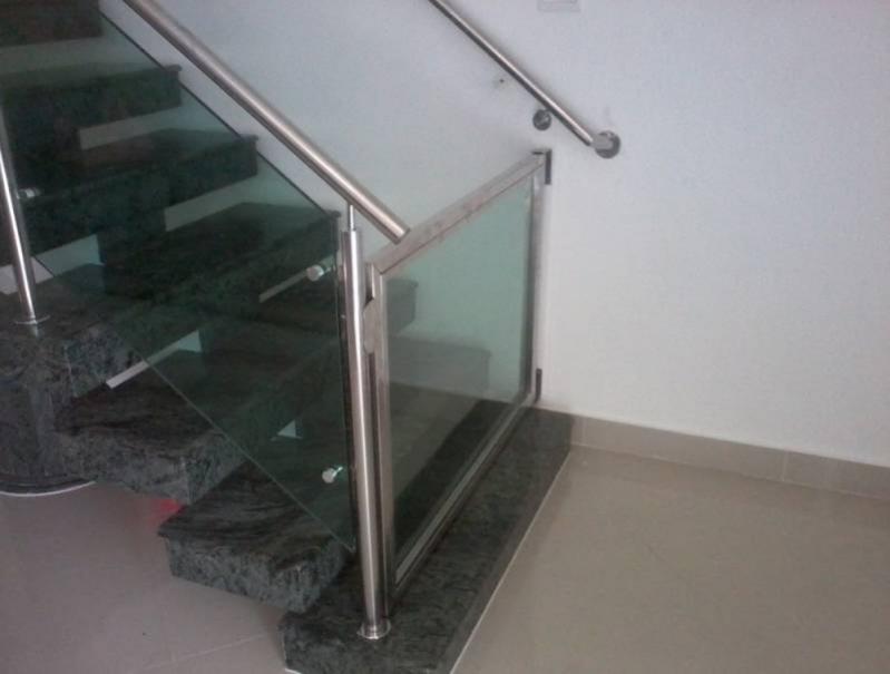 Quanto Custa Corrimão com Vidro para Escada Jardim São Luiz - Corrimão com Vidro para Escada